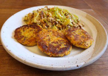 Nachhaltig lecker: Kartoffel-Plätzchen zur Resteverwertung